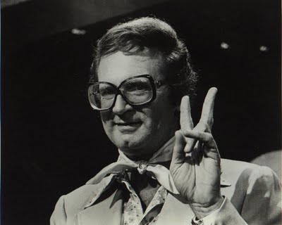 Charles Nelson Reilly, Mad king of eyewear