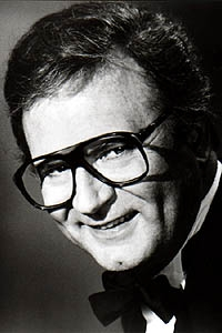 Charles Nelson Reilly, Mad king of eyewear 2