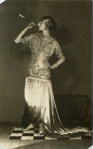PeggyGuggenheimParis1924